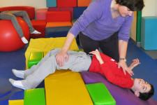 Sesiones de fisioterapia en atención temprana